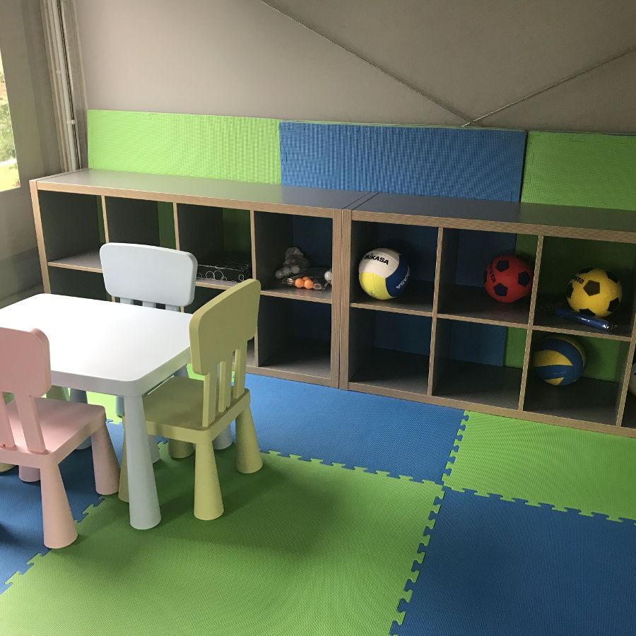 Palm Rogowo domki letniskowe nad morzem z atrakcjami – sala zabaw dla dzieci